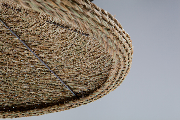 Pantalla de làmpada de disseny chapêau! by mis-MAS realitzada en espart